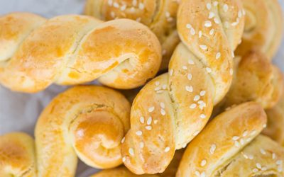Koulourakia, and the Greek love of Greek biscuits and cookies!